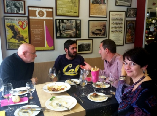 malaga christmas lunch friends (1)