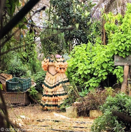 flamenco-scarecrow